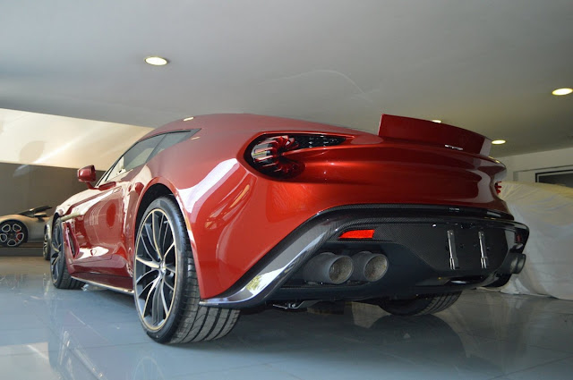 Aston Martin Vanquish Zagato back