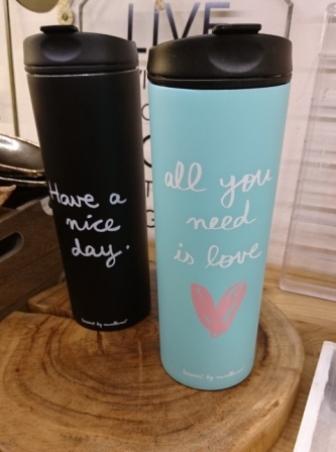 Vasos termo. Para llevar el café o bebida preferida.