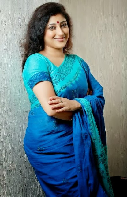 hot hiroin image lakshmi malayalam actress