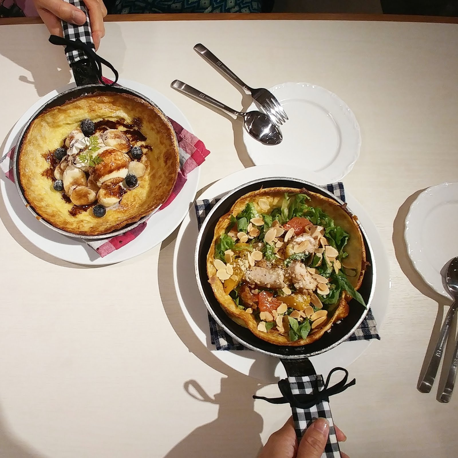 Cafe hoppiing in singapore my babhy oh dutch baby cafe jiahui muses cafe hoppiing in singapore my babhy oh dutch baby cafe forumfinder Choice Image