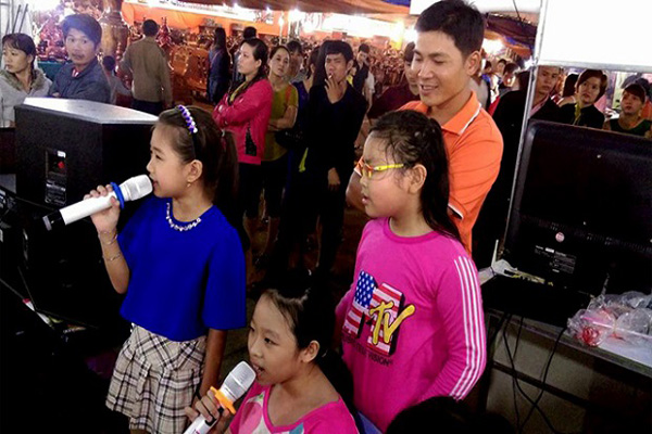 Truyền Hình FPT Bình Định Thu Hút Hàng Trăm Khách Ở Hội Chợ