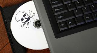 7 Macam Bahaya Jika Install Windows Bajakan