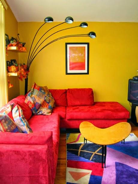 Dalam Pemilihan Sofa Minimalis Untuk Ruang Kecil Sebaiknya Perhatikan Juga Warna Yang Akan Kita Beli Usahakan Membeli Dengan