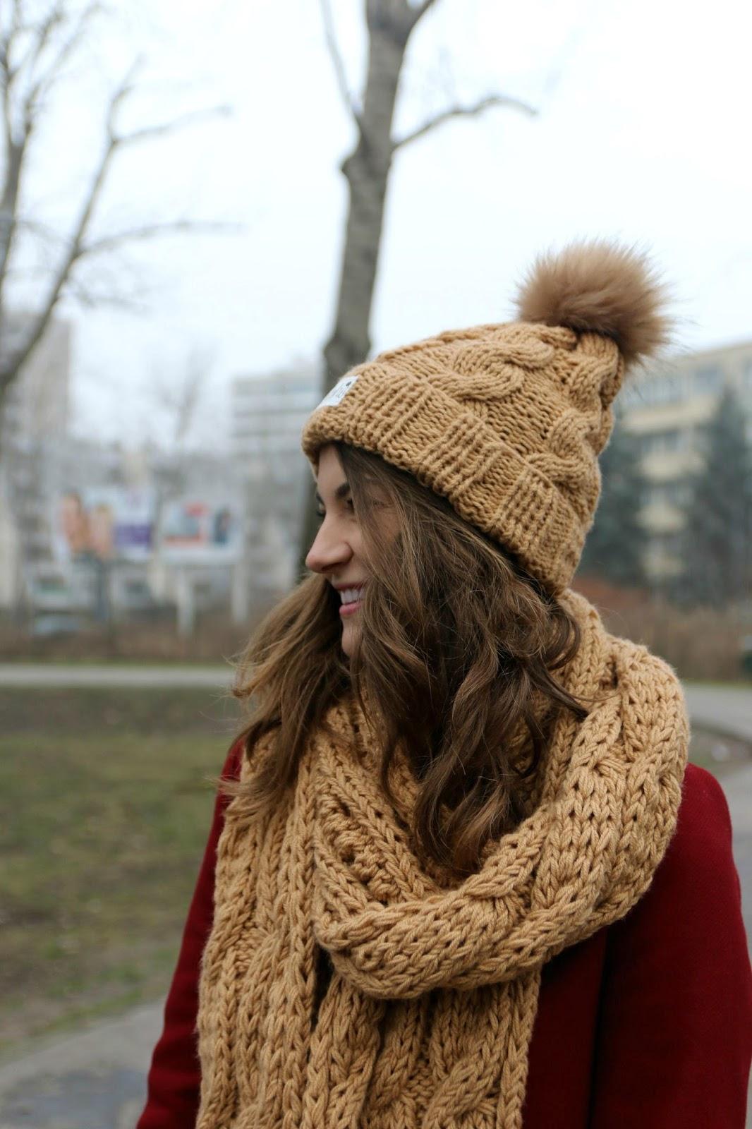 wełniana czapka i szalik