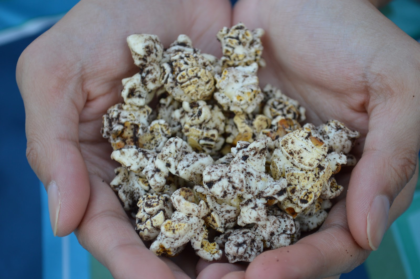 Cookie Pop Popcorn - Cookies and Cream Flavor Is Sweet Heaven