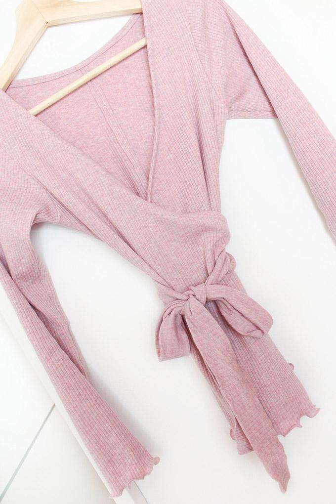 como-hacer-un-jersey-cruzado-lazo