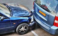 Circolare senza assicurazione auto e rimborso per incidente: la sentenza del giudice di pace di Napoli Italo Bruno