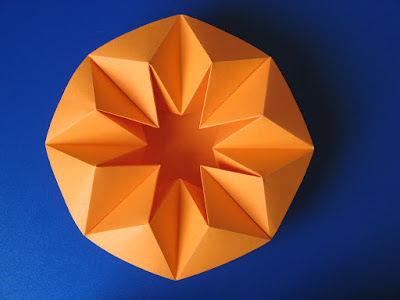 Origami Vaso stella, vista dall'alto - Star Vase, top view by Francesco Guarnieri
