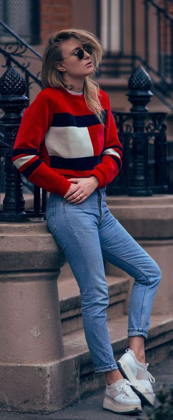 The Most Popular 90s Jeans Outfits on Pinterest #90soutfits #jeans