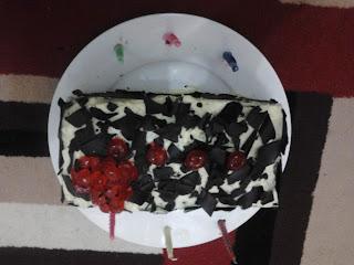 Foto Kue Ulang Tahun Buatan Rumah