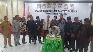 Akhirnya Ranperda Perangkat Daerah Padang Pariaman Disetujui DPRD Menjadi Perda.
