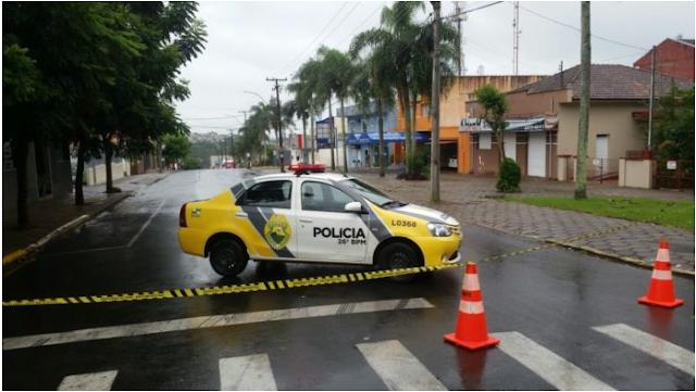 Suspeita de bomba isola entorno de supermercado em Telêmaco Borba