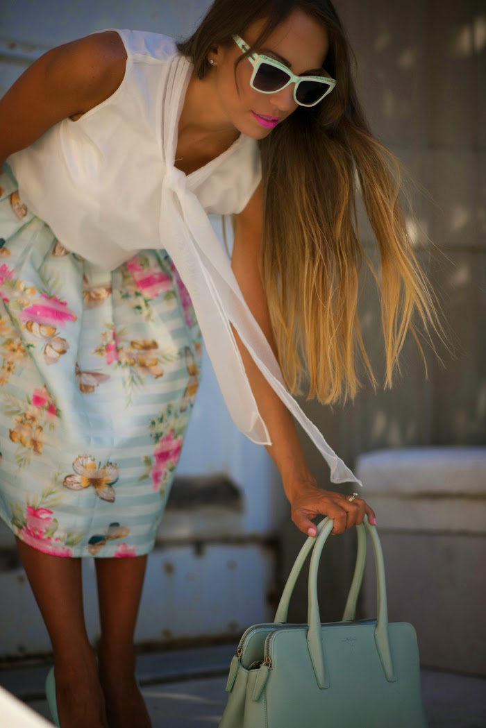 outfit romantico femminile