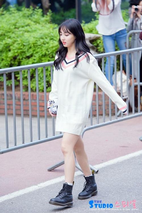 Twice Nayeon Airport Fashion Official Korean Fashion