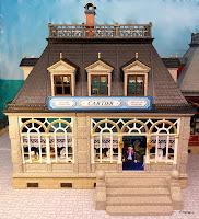 http://emma-j1066.blogspot.co.uk/2012/03/cartier.html