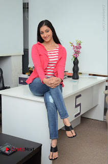 Telugu Actress Mouryani Latest Pos in Blue Denim Jeans  0087.JPG