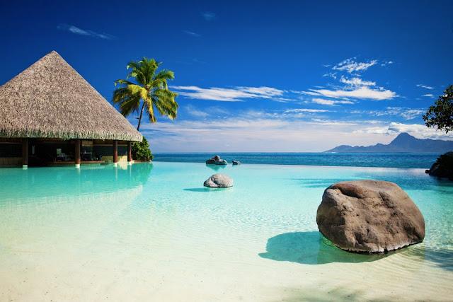 Atoll, bungalows qur pilotis