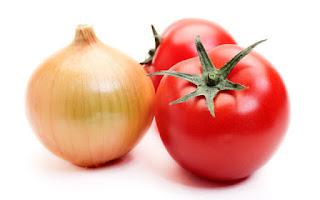 Tomates y una cebolla