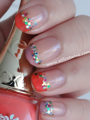 Etude House PWH901 glitter nail polish with colorful tips