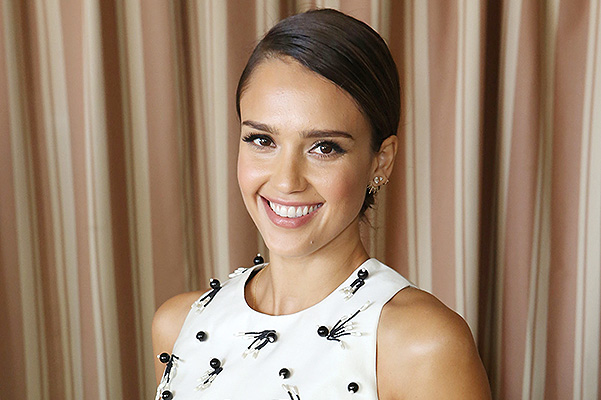 Jessica Alba appeared in the center of the scandal