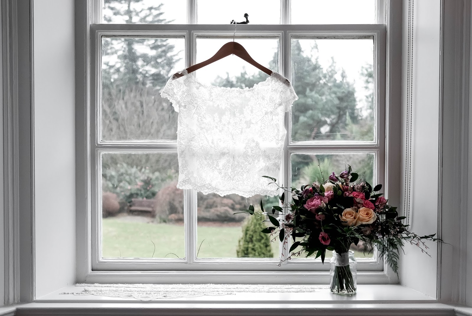 Bridal White Lace Bolero Top for Wedding