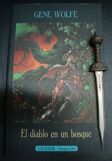 Portada del libro El diablo en un bosque, de Gene Wolfe