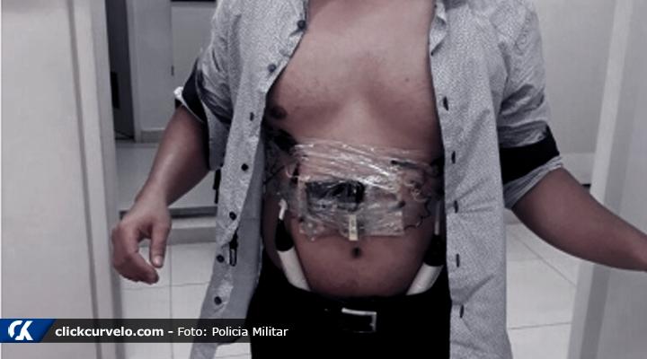 Resultado de imagem para gerente com bombas no corpo