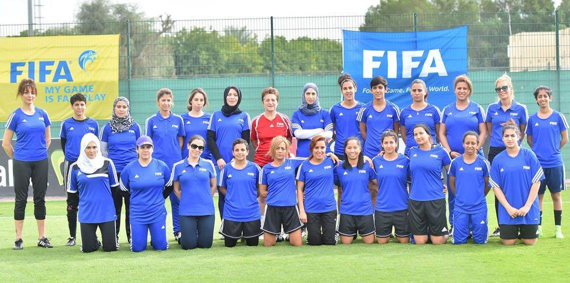 العرفج أول مدربة كرة قدم سعودية الرياضة