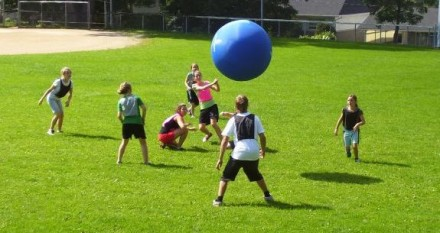 Jugando en las pelotas - 1 3