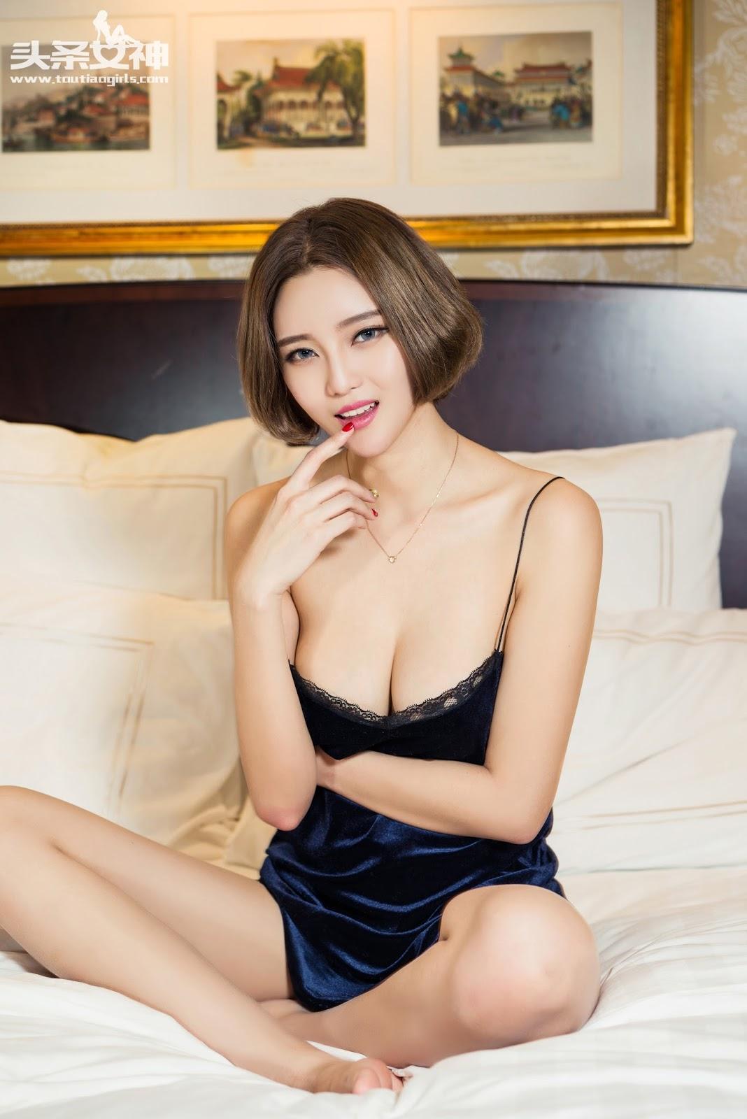 image Xia xinyu chinese model in photo studio