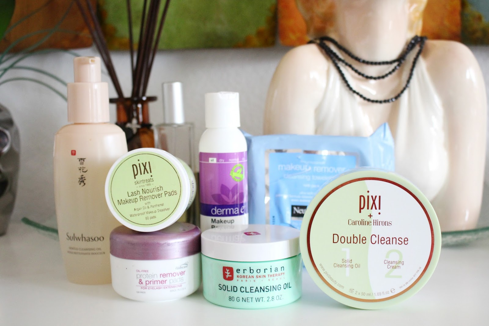 gentle makeup removers, Pixi Caroline Hirons Double Cleanse, Pixi Nourishing Cleansing Balm, Erborian Solid Cleansing Oil, Sulwhasoo Gentle Cleansing Oil, derma e makeup remover