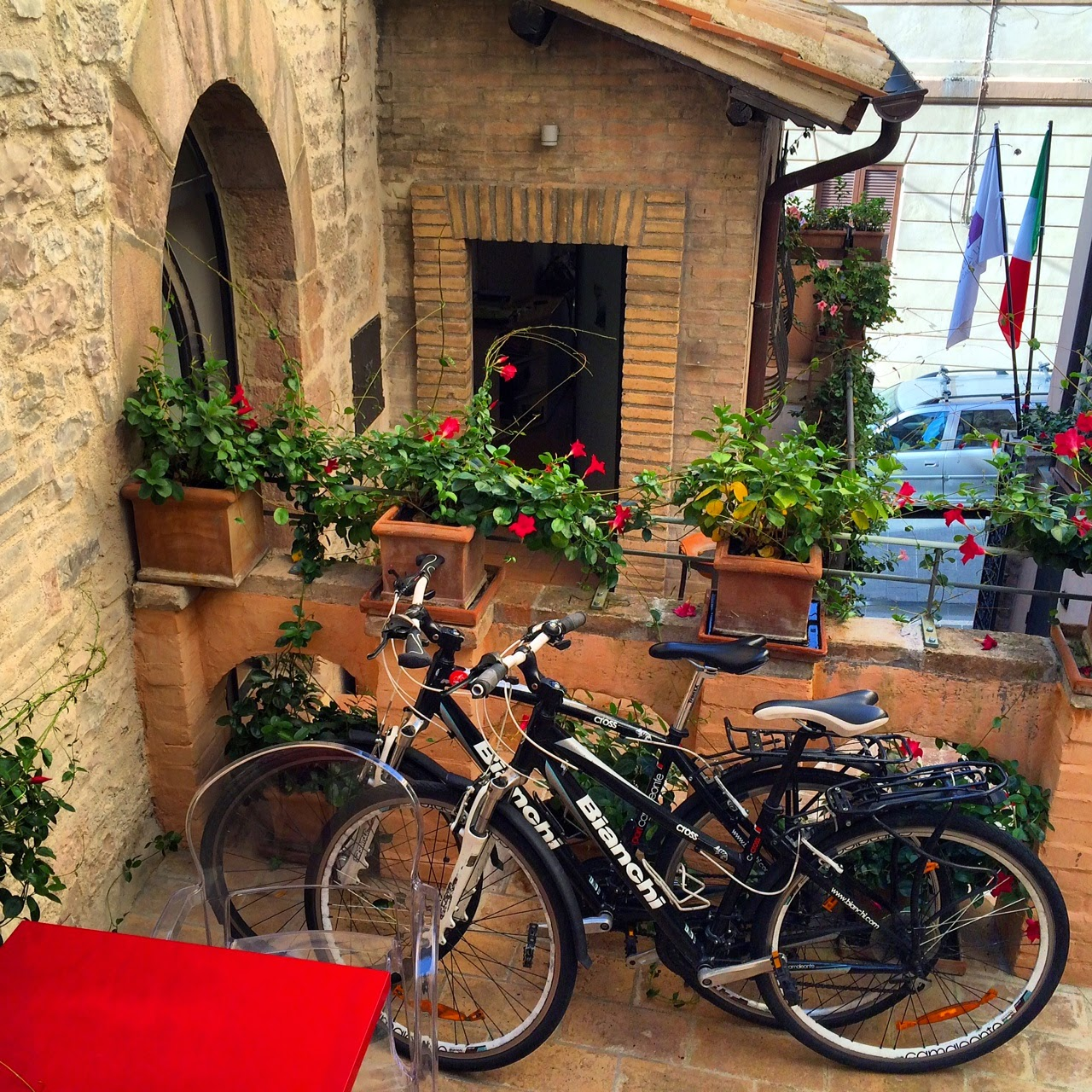 cycling umbria bike rental in assisi