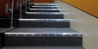Hình ảnh bậc cầu thang