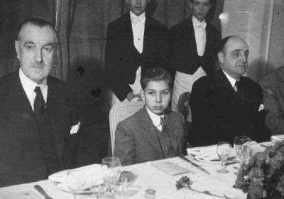 Arturito Pomar y a su lado el Marqués de Monte Corto