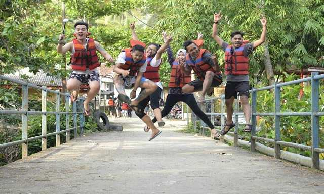 Paket Premium Citumang Body Rafting