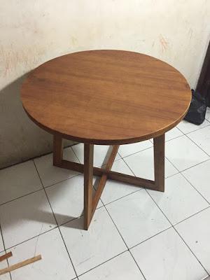 bentuk dan ukuran meja