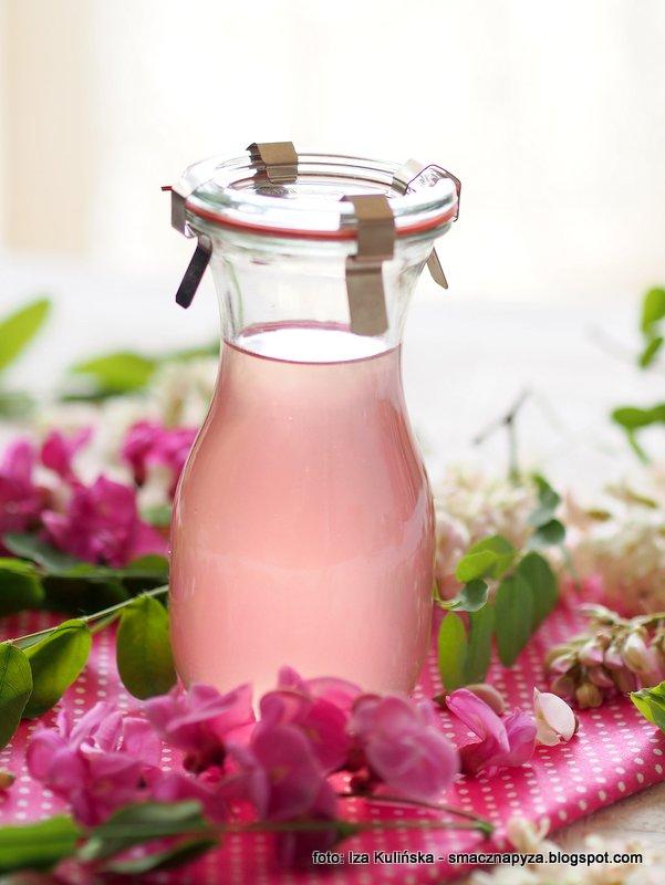 syrop z robinii, kwiaty akacji, kwiaty robinii, przetwory, do sloikow, na zime, syrop kwiatowy, do napojow
