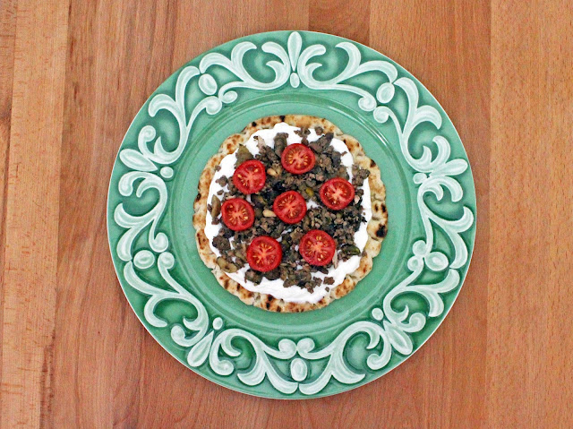 Ανοιχτή Πίτα με Γέμιση Γαλοπούλας / Turkey Stuffing Pie