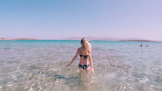 Smoothie-bikini-guide-greece-visit-island-cyclades-paros-naoussa-15