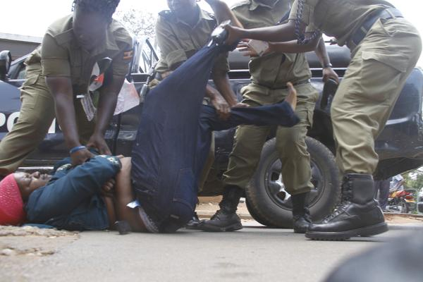 Blog With Fury Video Uncivilized Uganda Police Stripped -6322