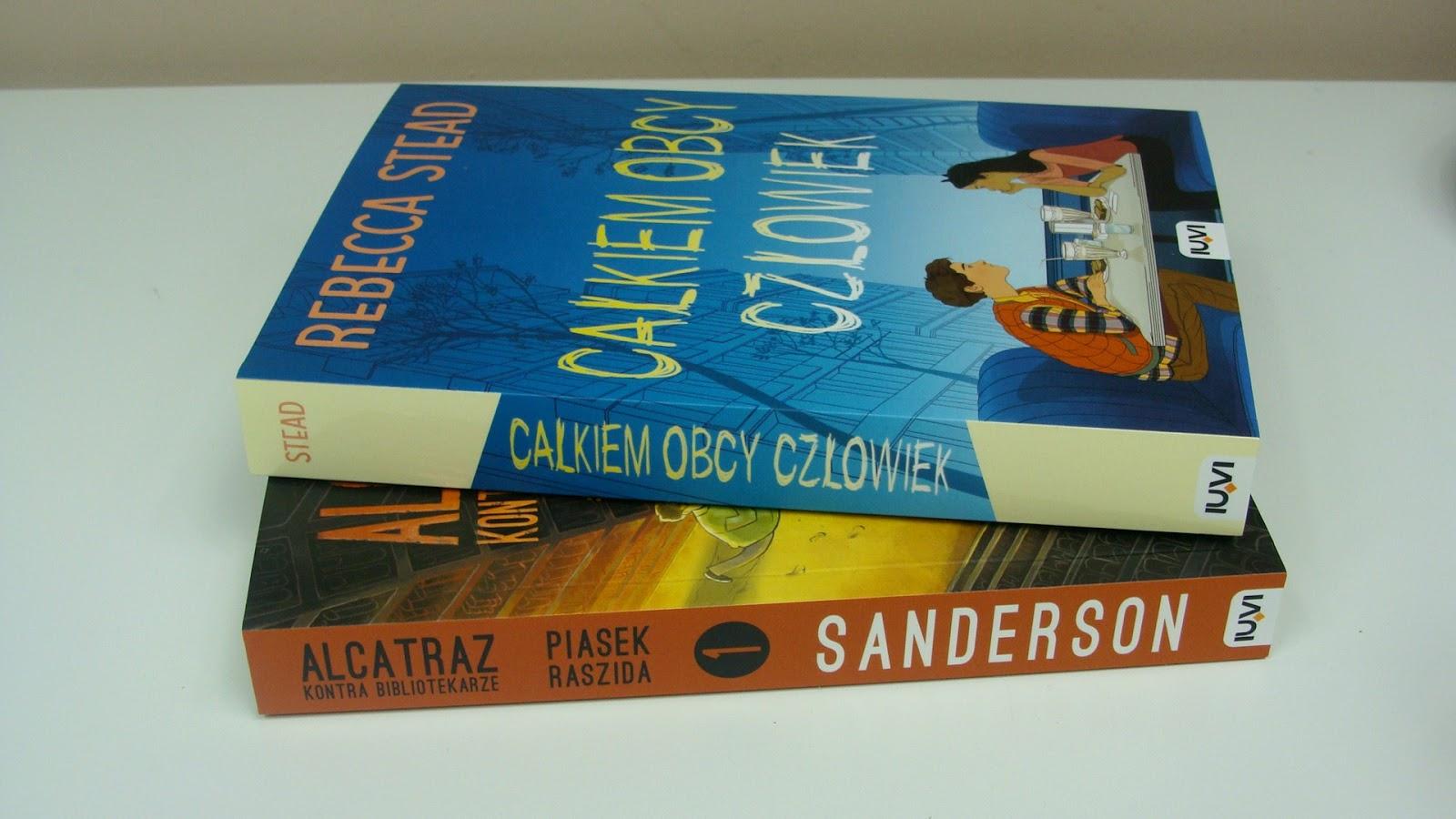 Masz w domu nastolatka? Oto dwie książki, które z chęcią przeczyta, całkiem obcy człowiek, alcatraz kontra bibliotekarze