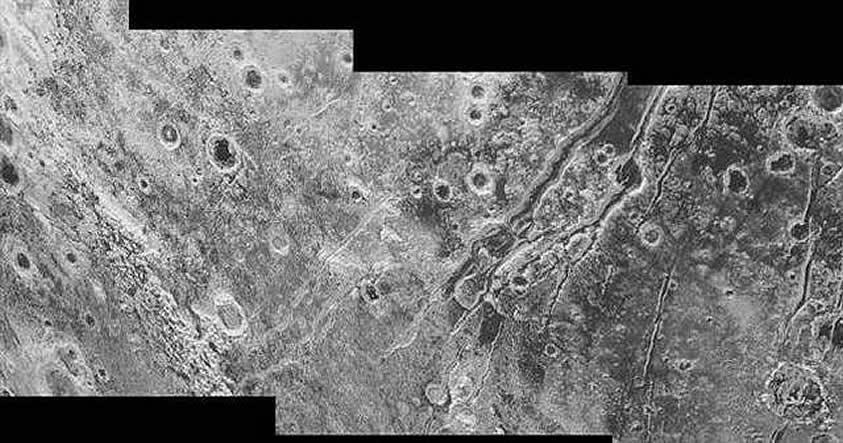 El nuevo análisis de rasgos geológicos en Plutón sugiere la existencia actual de un océano subterráneo en el planeta.