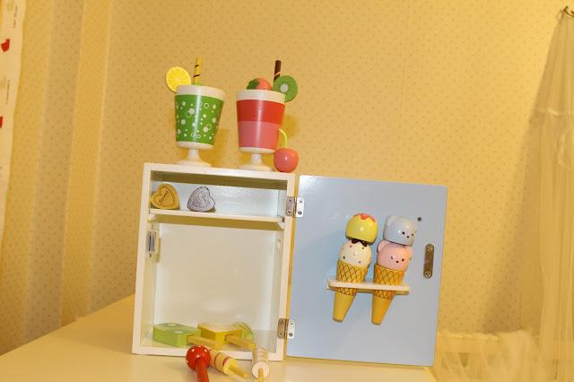 oyuncak-buzdolabı