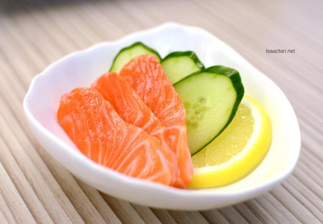 Salmon Sashimi - 3pcs (RM6.90), 6pcs (RM12.90)