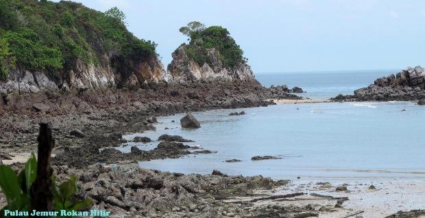 Wisata Ke Pulau Jemur