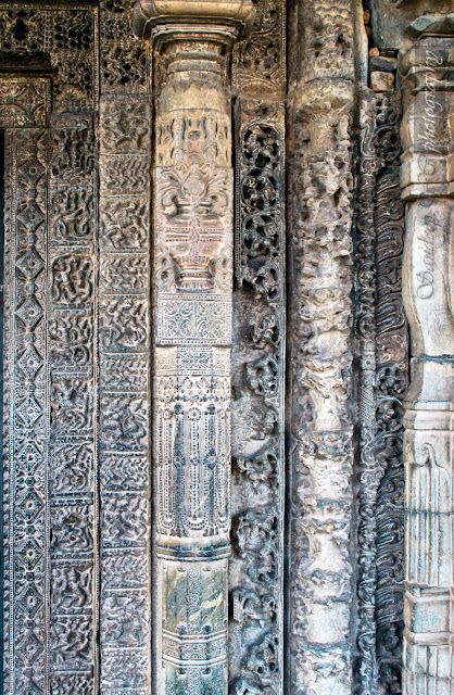 The right part of the door jamb with 7 layers of stone carvings