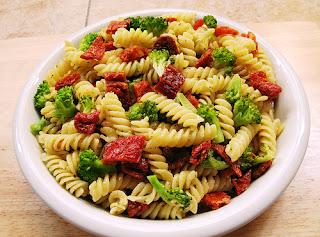 Fettucini Saus Tomat Kacang Merah
