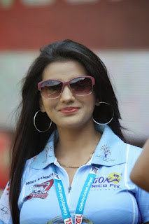 Bhojpuri-Actress-Cricket-Team-Sponsor