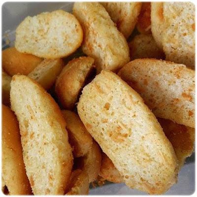 How to make dried bread Bagelan sweetened condensed milk