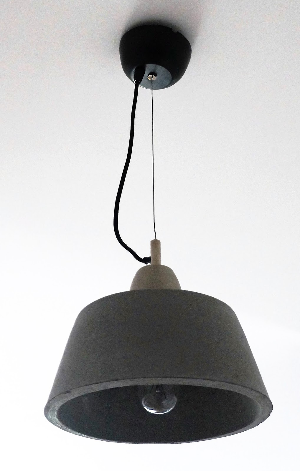 lampa z cementu